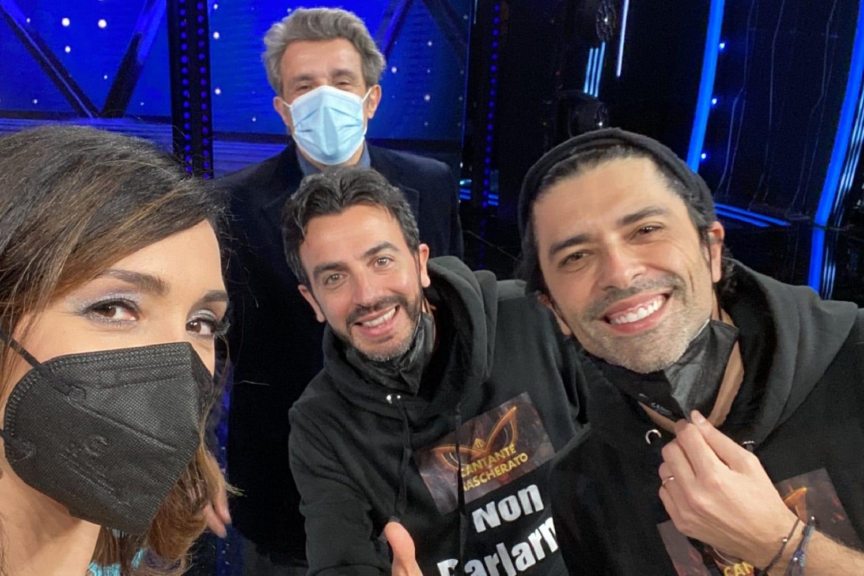Live 12 febbraio 2021 · Il Cantante Mascherato 2021 terzo appuntamento. Condotto da Milly Carlucci, in onda in prima serata su RaiUno