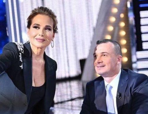 Live domenica 28 febbraio 2021 · Live: Non è la D'Urso 2021, ventiduesima puntata. Con Barbara D'Urso, in prima serata su Canale5