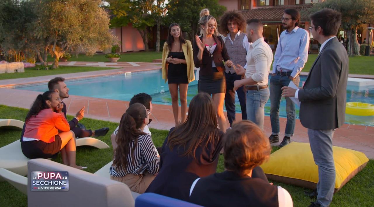 Live 11 febbraio 2021 · La Pupa e il Secchione quarta puntata. Con Andrea Pucci e Francesca Cipriani, in onda in prima serata su Italia1