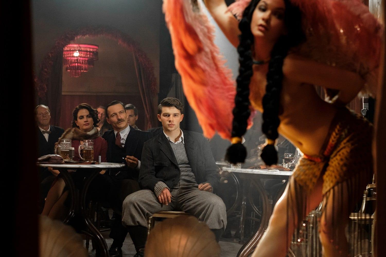 GuidaTV 5 Marzo 2021: Sanremo 2021, Ultimo: L'occhio del falco, Shining & The Others, Propaganda Live, L'amore bugiardo, Il tabaccaio di Vienna