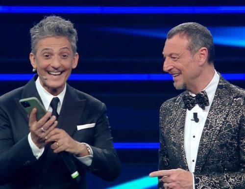 Live 4 marzo 2021 · Sanremo 2021, terza serata. Condotto da Amadeus e Fiorello, la 71ª kermesse canora è in onda su RaiUno