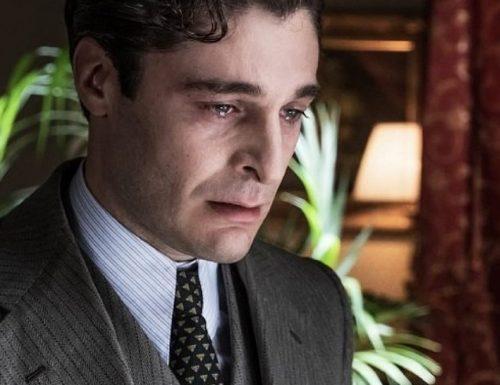 Titoli di coda · Il commissario Ricciardi, ultimo appuntamento. Con protagonista Lino Guanciale, in onda in prima visione assoluta su RaiUno