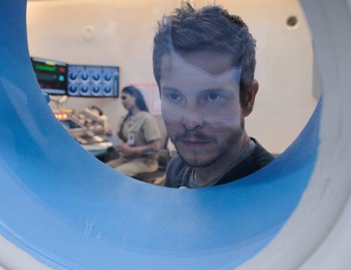 SerieTivu: The Resident 2, decimo appuntamento. Con protagonista Matt Czuchry nei panni del dottor Conrad Hawkins, in prima tv su RaiDue