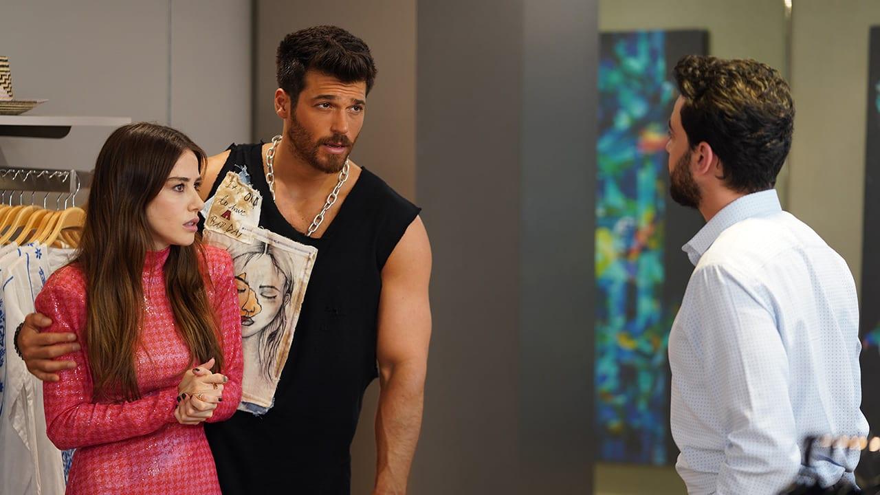 SerieTivu: Mr Wrong, con protagonisti Can Yaman e Özge Gürel. Parte lo shopping per l'estate di Canale5 ed è solo l'inizio...