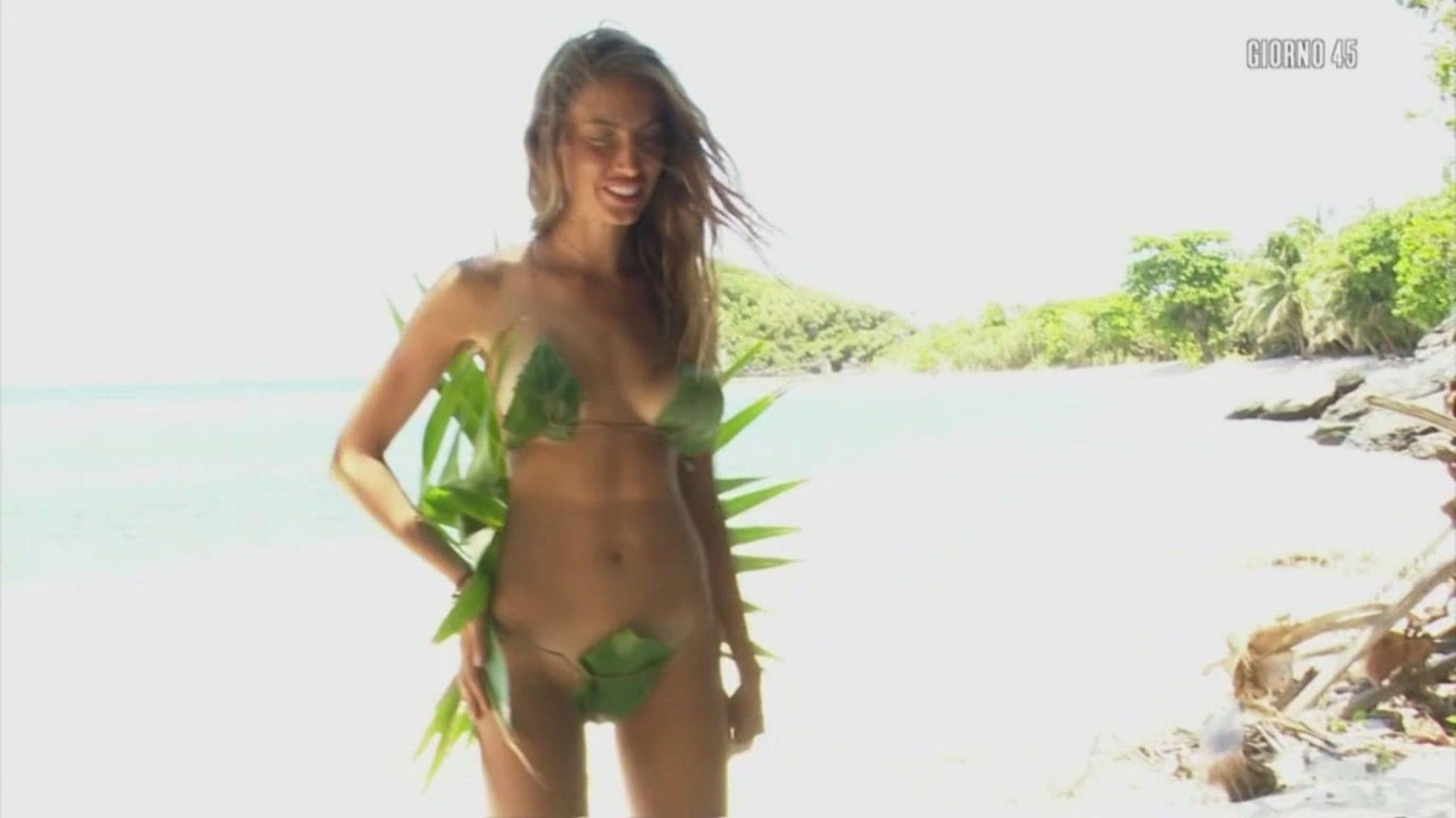 Live 29 aprile 2021 · L'Isola Dei Famosi 2021, tredicesima puntata. La nuova Isola è condotta da Ilary Blasi, in onda in prima serata su Canale5