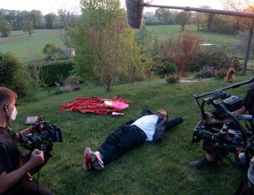 Alessandro Cattelan sbarca su #Netflix con il docu-show Una semplice domanda: riprese in corso