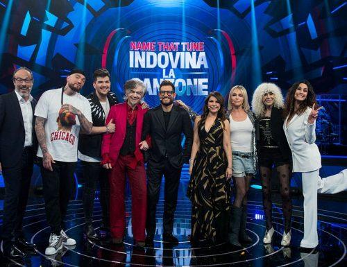 Live mercoledì 12 maggio 2021 · Name that tune 2021, sesto appuntamento. Condotto da Enrico Papi in onda in prime time su Tv8
