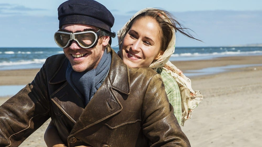 SerieTivu: Seaside Hotel sesto appuntamento. Continua il period drama ambientato sulle coste del Mare del Nord, in prima tv su TV2000
