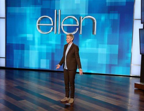 Dopo 20 anni chiude l'Ellen DeGeneres Show: ultima puntata dello storico format nel 2022