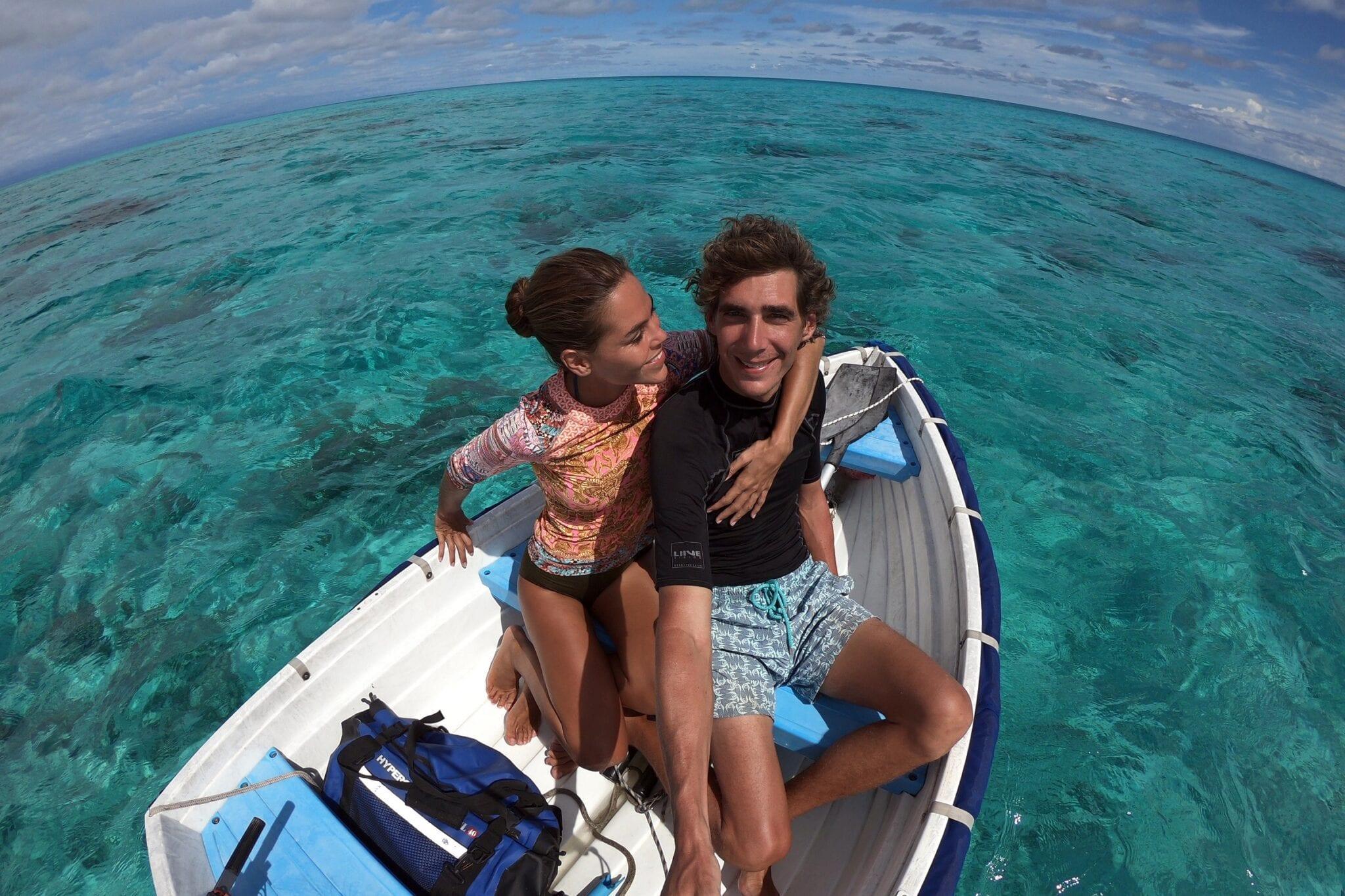 Dreamcatchers: Insegui il tuo sogno. Phil e Iva percorrono viaggiano in barca a vela nei paradisi naturali asiatici, alla ricerca di sognatori