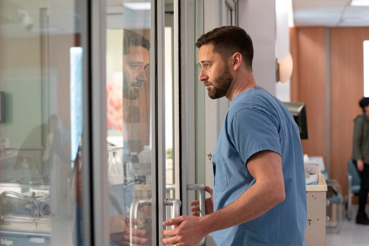 Live martedì 15 giugno 2021: New Amsterdam 3 terzo appuntamento, con protagonista Ryan Eggold, in onda in prima visione assoluta su Canale5