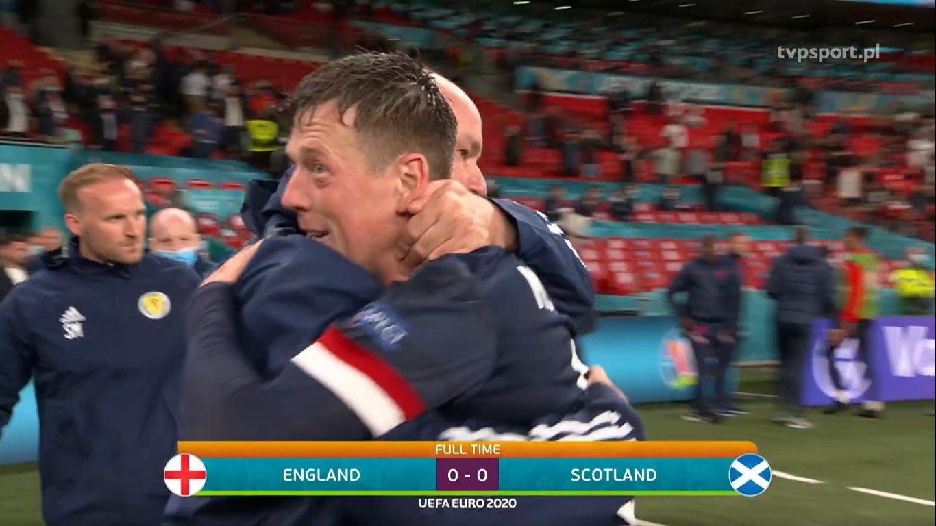 AscoltiTV 18 giugno 2021 · Inghilterra-Scozia in Euro2020, Quarto Grado, Mamma mia 2, Atlantic Crossing, Mr. Wrong, Love is in the air, Reazione a Catena