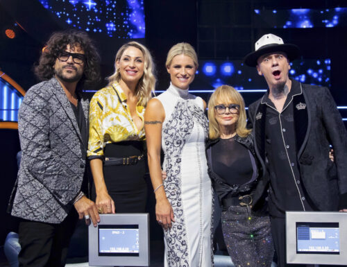 Live 28 luglio 2021 · All Together Now in replica, terza puntata. Condotto da Michelle Hunziker, in prima serata su Canale5