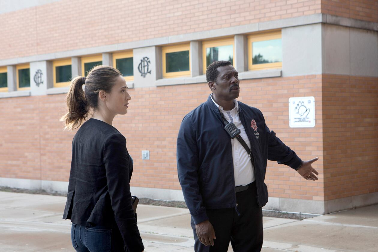 SerieTivu: Chicago Fire 8 primo appuntamento. Tornano i pompieri e i paramedici del Chicago Fire Department, in prima tv free su Italia1
