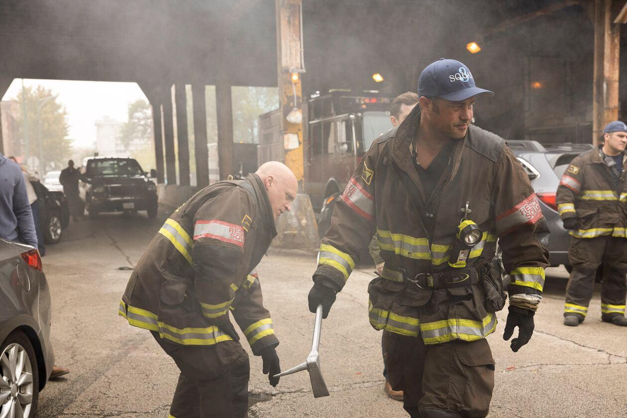 SerieTivu: Chicago Fire 8 terzo appuntamento. Tornano i pompieri e i paramedici del Chicago Fire Department, in prima tv free su Italia1