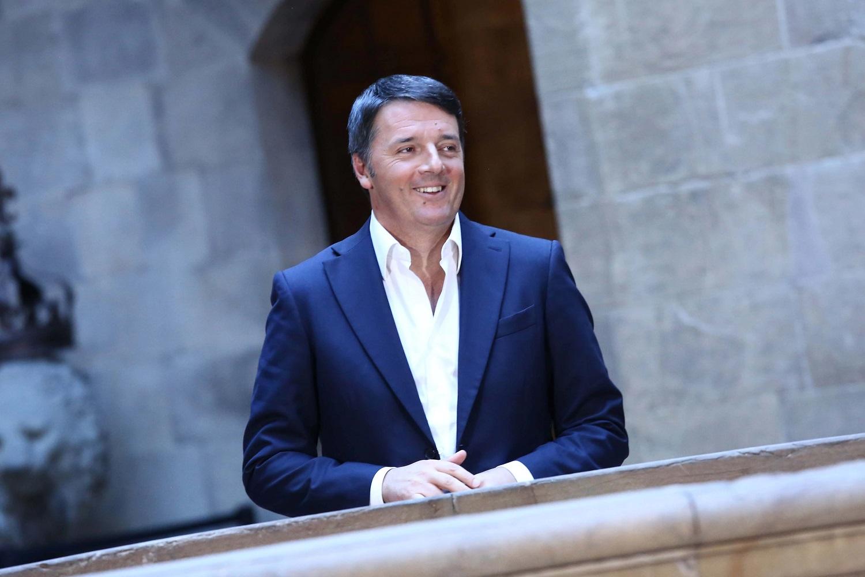 Scoppiano polemiche per la collaborazione tra Lucio Presta e Matteo Renzi: le indiscrezioni
