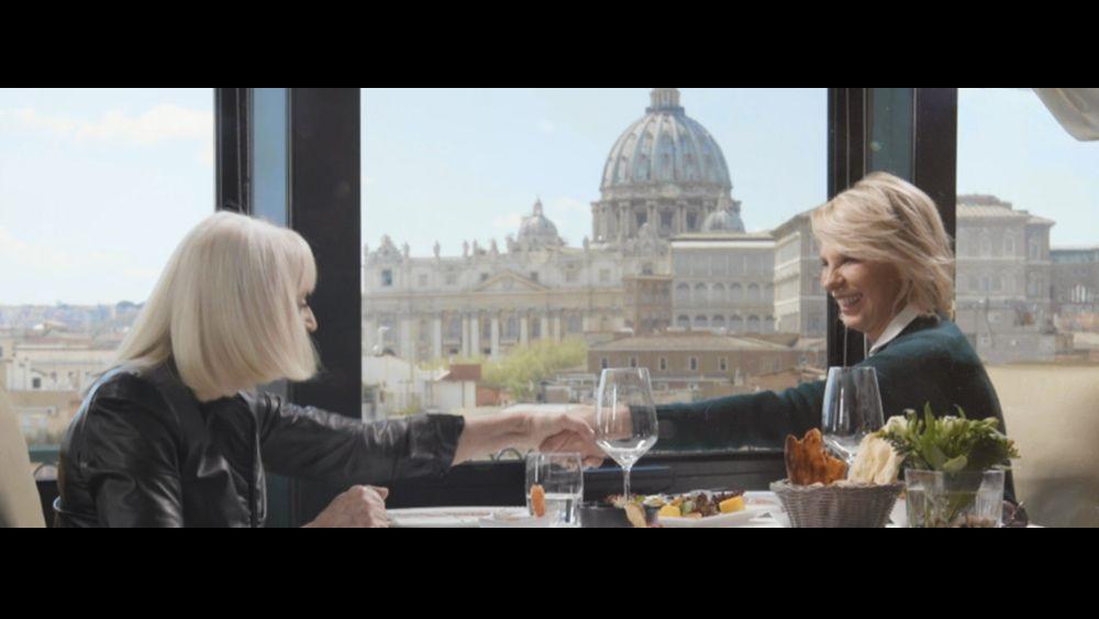 AscoltiTV 22 luglio 2021: La tv commemorativa con Paolo Borsellino e A raccontare comincia tu, con ospite Maria De Filippi, Doc. Nelle tue mani, Draghi in tv