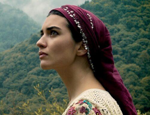 SerieTivu: Aspettando #BraveAndBeautiful da lunedì alle 14:45 su Canale 5, conosciamo meglio #TubaBüyüküstün, la protagonista della serie #CesurVeGuzel