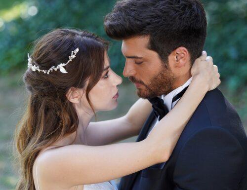 SerieTivu: Mr Wrong, Lezioni d'amore Puntata del 20 luglio 2021 [ULTIMO APPUNTAMENTO di Bay Yanlis con Can Yaman e Özge Gürel] · GRAN FINALE! LIETO FINE ALL'ITALIANA PER OZGUR ED EZGI…