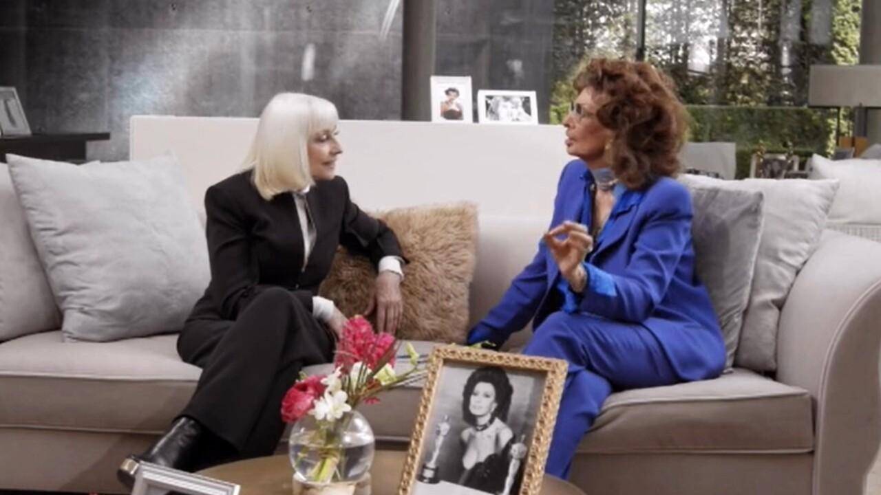Live 5 agosto 2021 · A raccontare comincia tu con Sophia Loren. Torna in tv il talk prime time in memoria di Raffaella Carrà, su RaiTre