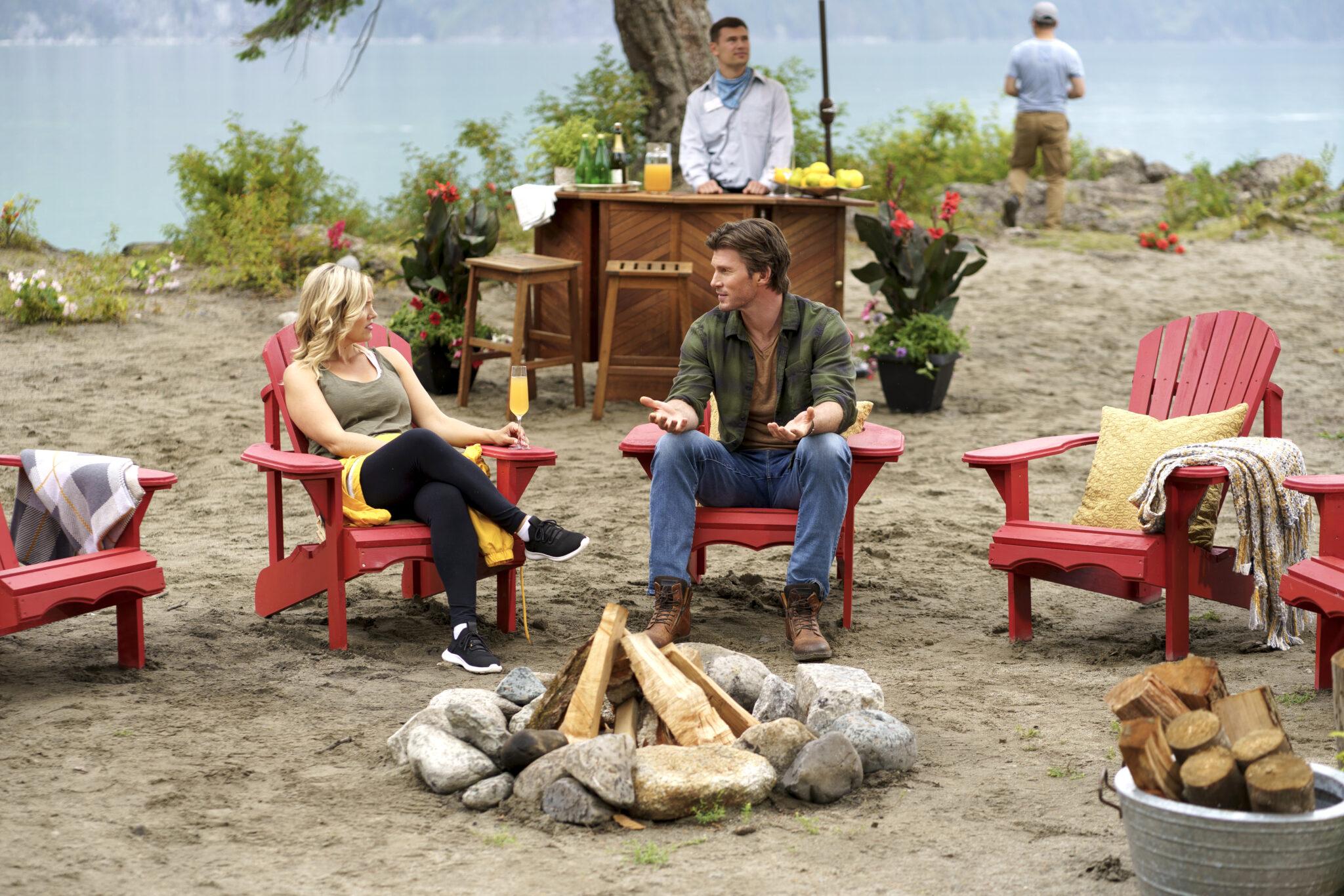 CinemaTivu: Campeggio a 5 stelle (USA/Can 2020), con Emily Ullerup e Christopher Russell, diretto da Marita Grabiak, in prime time su RaiUno