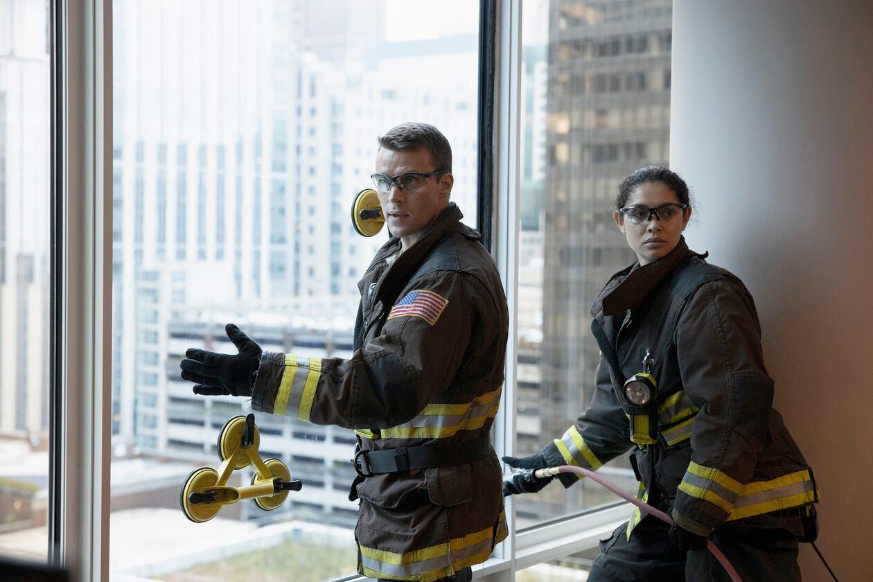 SerieTivu: Chicago Fire 8 quarto appuntamento. Tornano i pompieri e i paramedici del Chicago Fire Department, in prima tv free su Italia1
