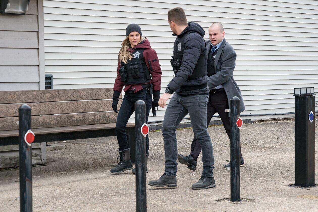 SerieTivu: Chicago PD 7 ottavo appuntamento. Tornano i poliziotti del distretto 21 del Dipartimento di Polizia di Chicago, in 1^tv su Italia1