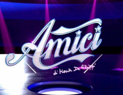 Raimondo Todaro sarà il nuovo professore di danza ad #Amici21 oppure no? L'indizio sui social!