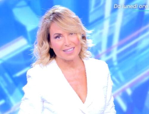 Su #Canale5 riparte #Pomeriggio5 con Barbara d'Urso: commenta con noi l'esordio stagionale!