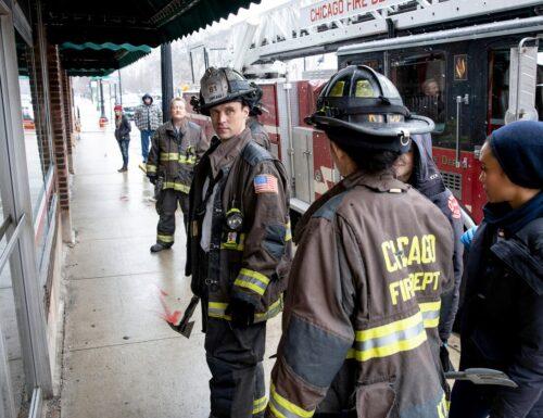 SerieTivu: Chicago Fire 8, 8° appuntamento. Tornano i pompieri e i paramedici del Chicago Fire Department, in prima tv free su Italia1