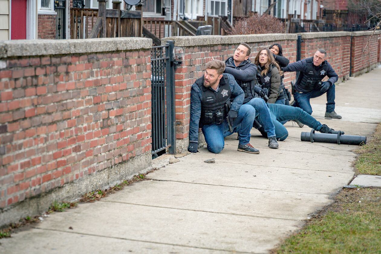 SerieTivu: Chicago PD 7 ultimo appuntamento. Tornano i poliziotti del distretto 21 del Dipartimento di Polizia di Chicago, in 1^tv su Italia1