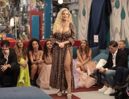 Live 20 settembre 2021 · Grande Fratello Vip 6, terza puntata. Il GFVip è condotto da Alfonso Signorini, in prima serata su Canale5