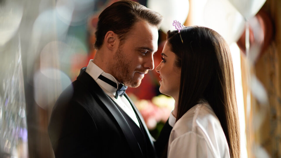 SerieTivu: Love is in the air puntata dal 20 al 25 settembre 2021: Serkan ed Eda preparano il matrimonio. Semiha impone il rispetto delle tradizioni