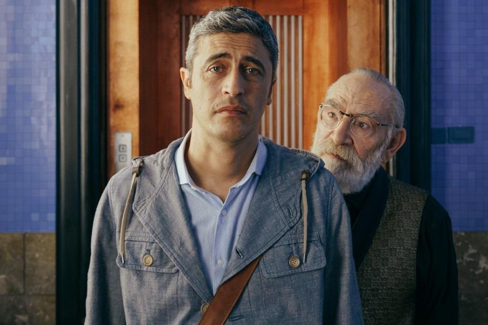 CinemaTivu: Momenti di trascurabile felicità (Ita 2019), con Pif e Renato Carpentieri, diretto da Daniele Luchetti, in prima serata su RaiUno