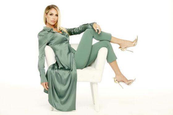Live 16 settembre 2021 · Parte Star in the Star, prima puntata. Arriva il celebrity show condotto da Ilary Blasi, in prima serata su Canale5