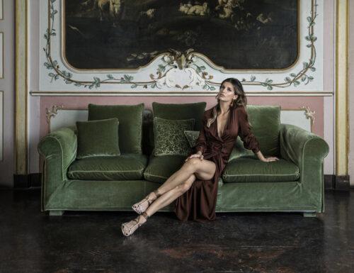 Elisabetta Canalis esordisce alla conduzione di #ViteDaCopertina, tra poco su #Tv8