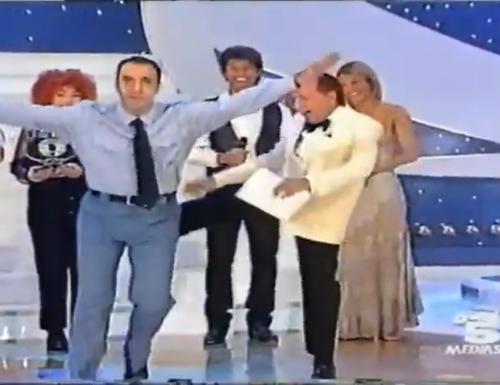 Tali e quali … ai vecchi format. Quando Tale e quale show nip si chiamava Momenti di gloria e andava su Canale5 (ma non ditelo in giro)!