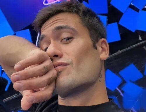 Live 1 ottobre 2021 · Tale e Quale Show 2021, terza puntata. Con Carlo Conti, in tv l'undicesima edizione in prime time su RaiUno